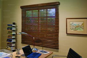 wood blinds brown